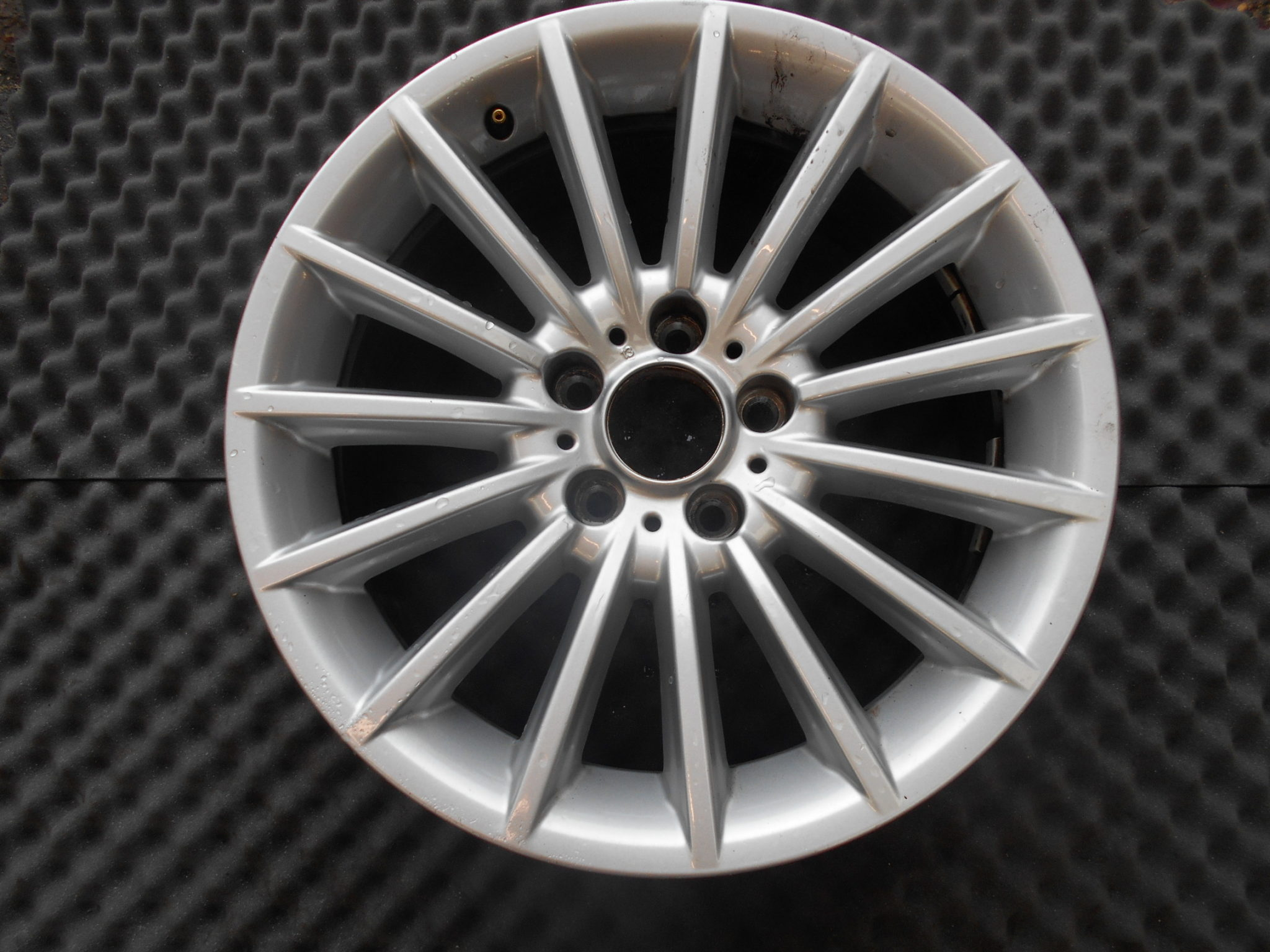 18 Genuine Bmw Style 237 Alloy Wheel Performance Wheels And Tyres