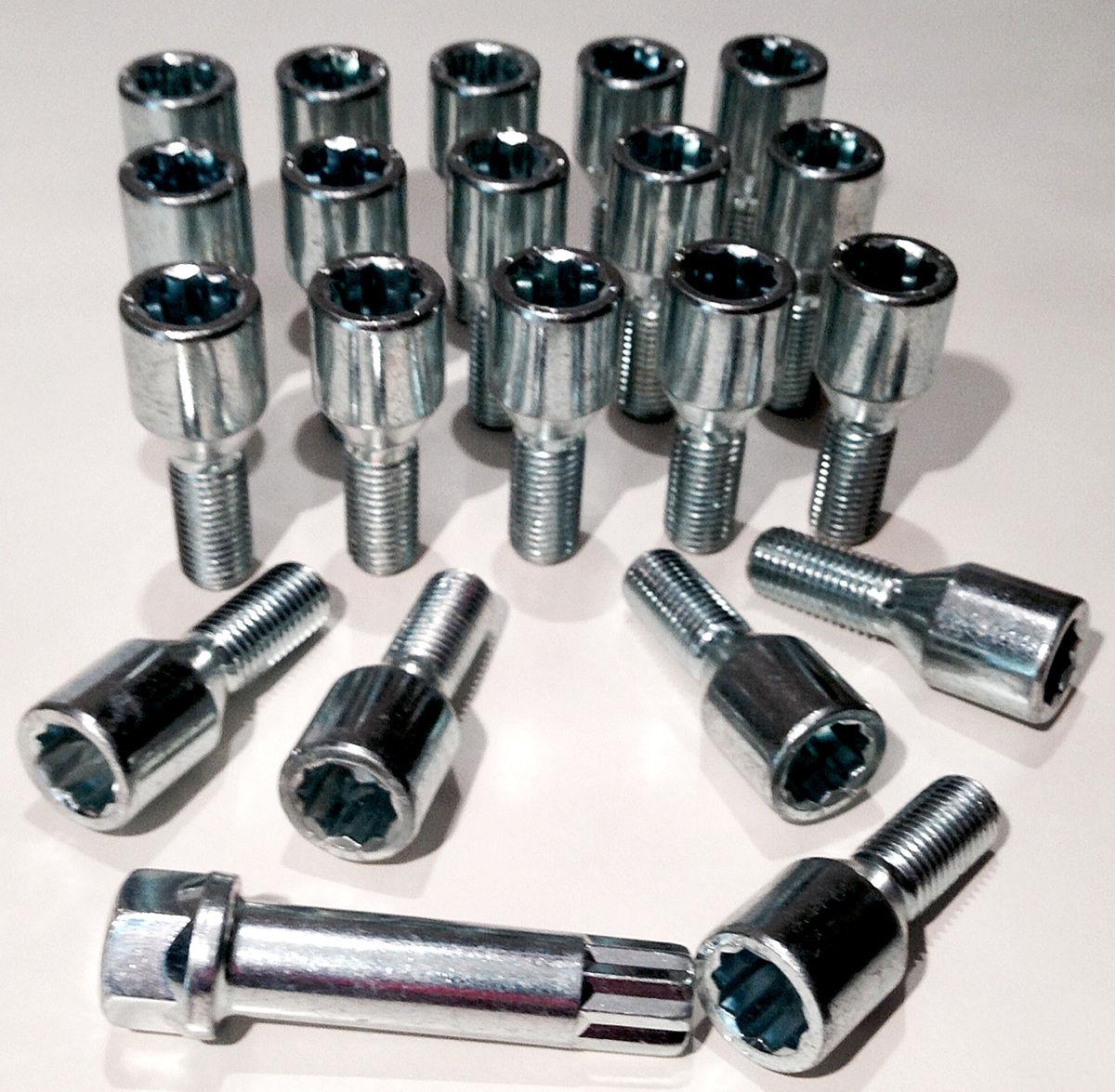 taper seat x 20 17mm Hex wheel bolts in Black M12 x 1.5 m12x1.5